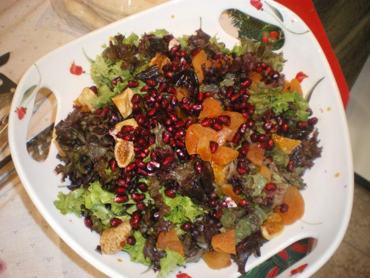 Προτάσεις για το χριστουγεννιάτικο μενού από το  Ανθομέλι, χριστουγεννιάτικη σαλάτα