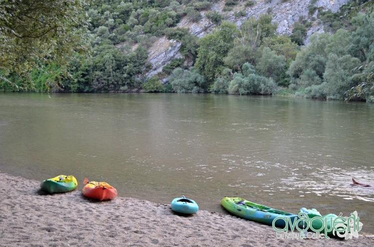 nestos_kayak