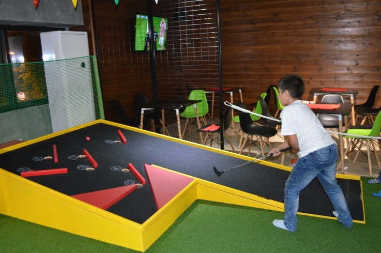 party_mini_golf_9