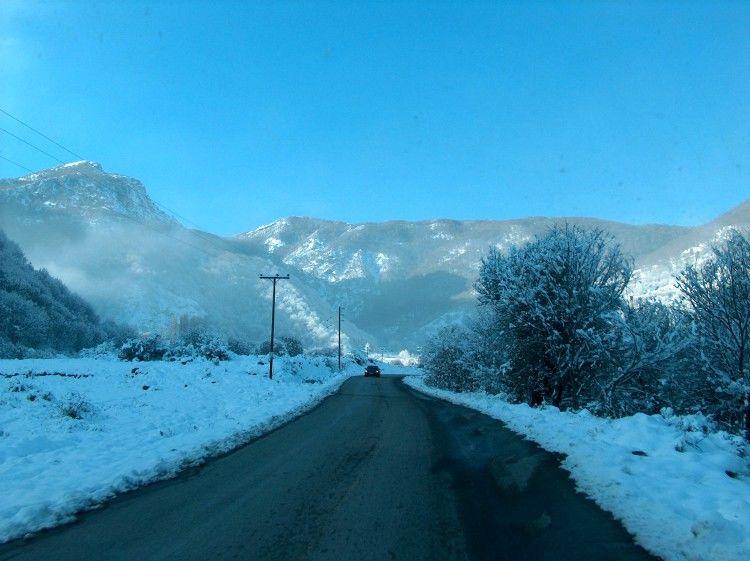 Χιονισμένο τοπίο στην Ελλάδα