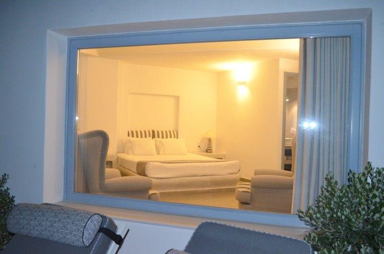 Ξενοδοχείο Απάνεμο στη Σαντορίνη, Ακρωτήρι