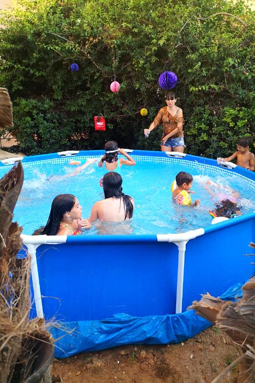 Οικογενειακή πισίνα για τον κήπο μας