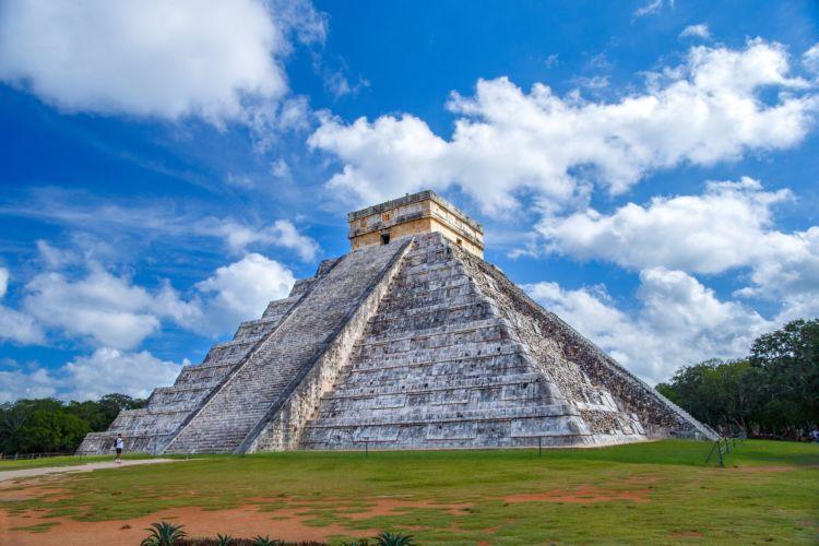 Τα 7 νέα θαύματα του κόσμου, η Πυραμίδα Τσιτσέν Ιτζά