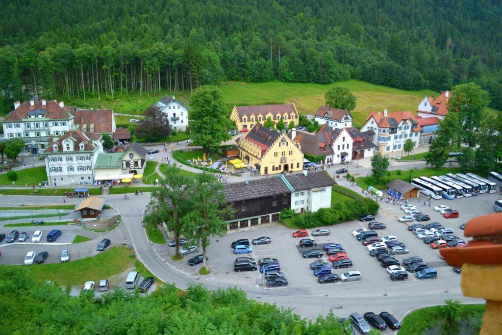 Το κάστρο Νοϊσβανστάιν (Neuschwanstein) στη Γερμανία, parking