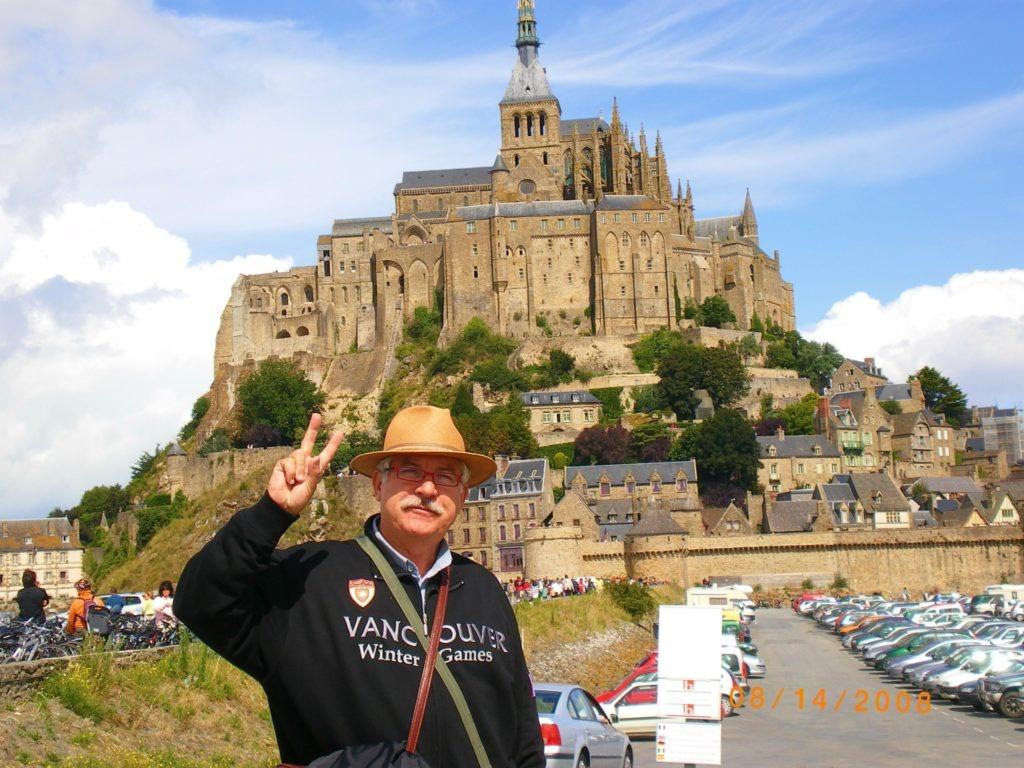 Η προετοιμασία ενός οδικού ταξιδιού στην Ευρώπη. Mont saint Michel
