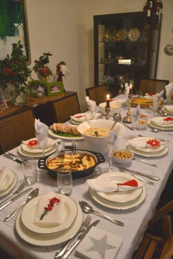 Προτάσεις για το χριστουγεννιάτικο μενού από το  Ανθομέλι. Η οργάνωση και ο στολισμός του τραπεζιού