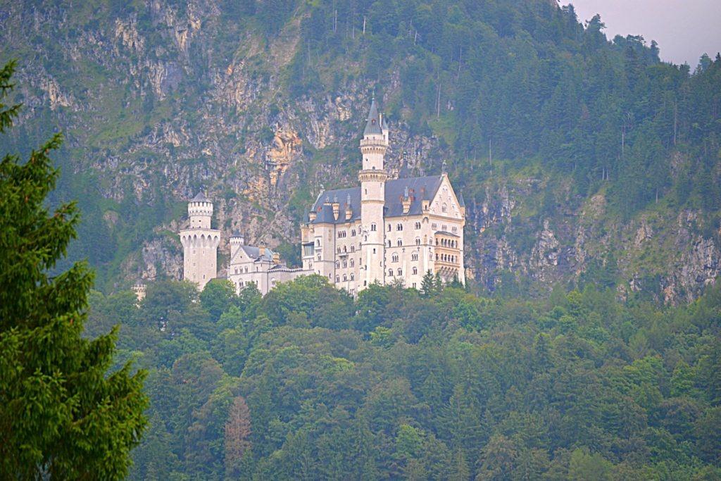 Το κάστρο Νοϊσβανστάιν (Neuschwanstein) στη Γερμανία