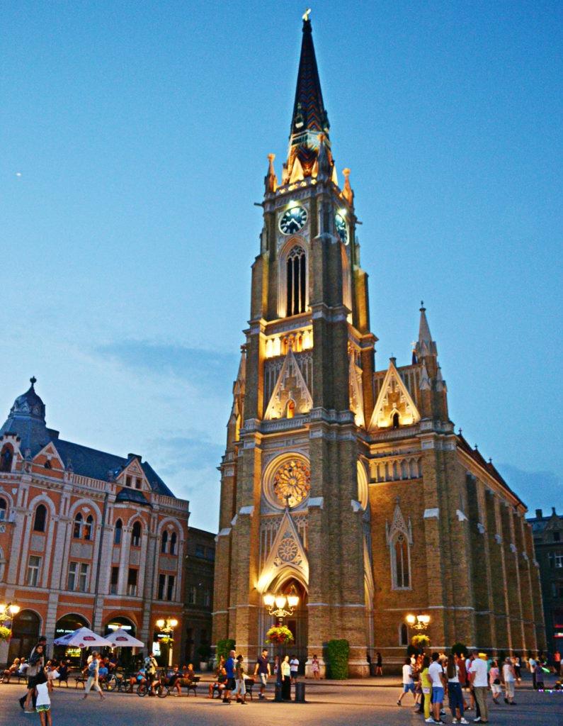 Δυο μέρες στο Νόβι Σαντ της Σερβίας. Ο καθολικός ναός.