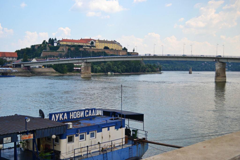 Δυο μέρες στο Νόβι Σαντ της Σερβίας. Η γέφυρα Βαραντίν
