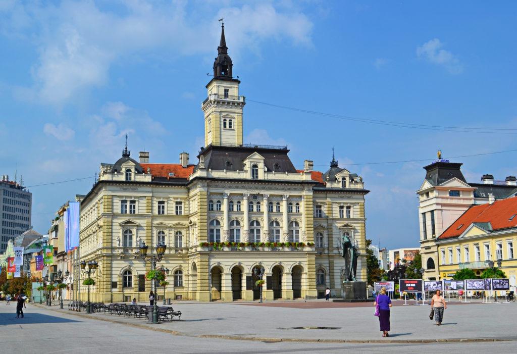 Δυο μέρες στο Νόβι Σαντ της Σερβίας. Το Δημαρχείο.