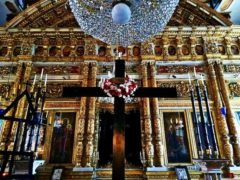 Ανάσταση στο Οικουμενικό Πατριαρχείο στην Κωνσταντινούπολη. Τέμπλο του Αγίου Φωκά.