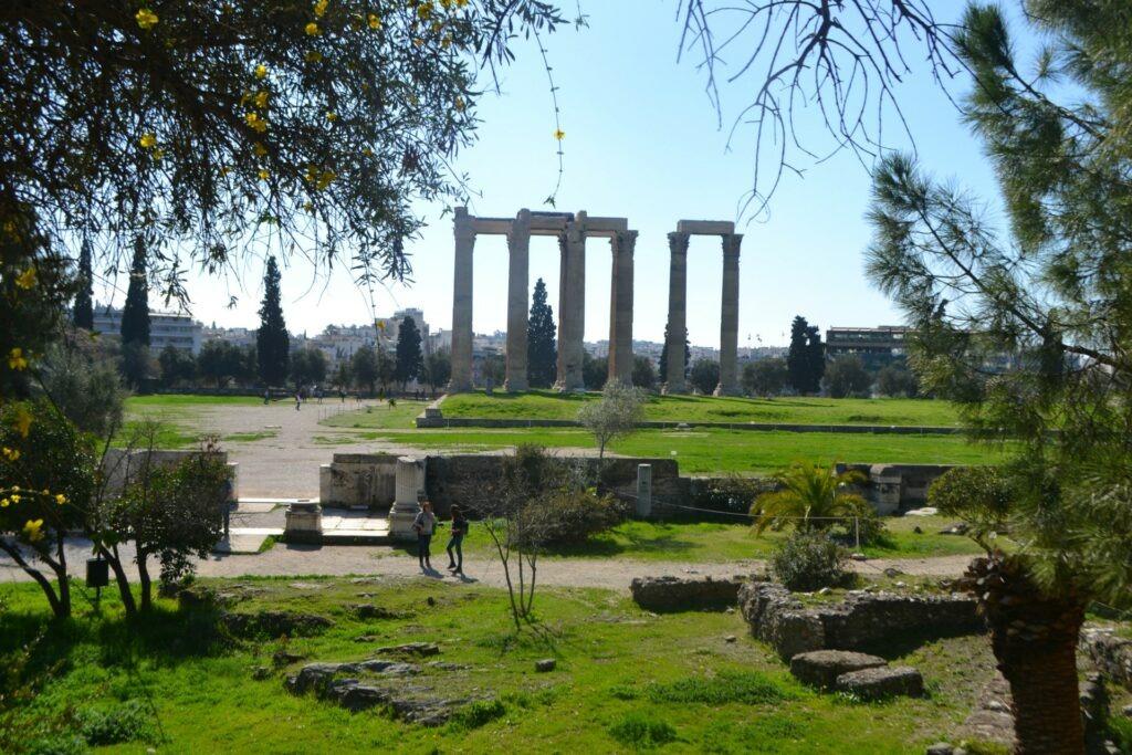 Μια ολοήμερη περιήγηση στην Αθήνα. Στήλες Ολυμπίου Διός