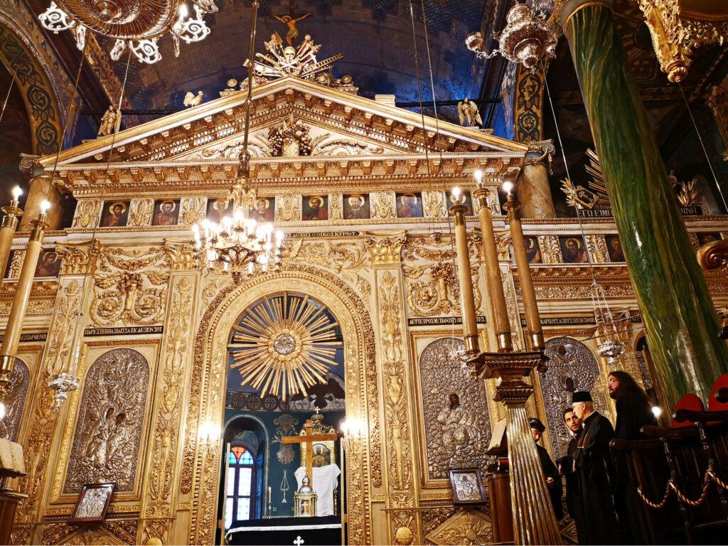 Ανάσταση στο Οικουμενικό Πατριαρχείο στην Κωνσταντινούπολη. Τέμπλο της Παναγίας του Πέραν στην Κωνσταντινούπολη.