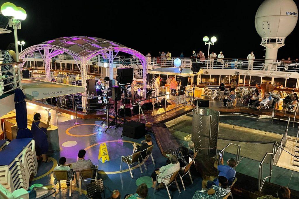 Οικογενειακή κρουαζιέρα με τη Celestyal Cruises εξερευνώντας το Μυθικό Αρχιπέλαγος, συναυλία