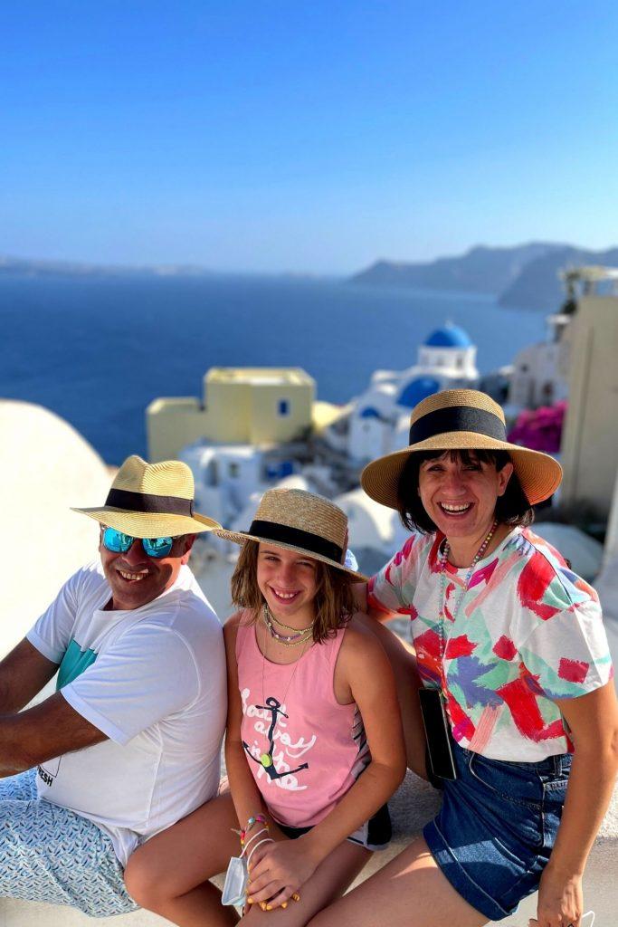 Οικογενειακή κρουαζιέρα με τη Celestyal Cruises εξερευνώντας τη Σαντορίνη, Οία.