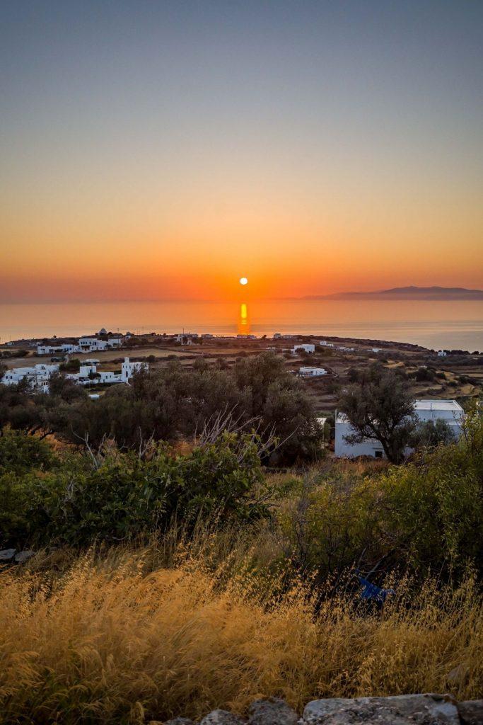 Διαμονή, παραλίες και χωριά που πρέπει να επισκεφτείτε στη Σίφνο