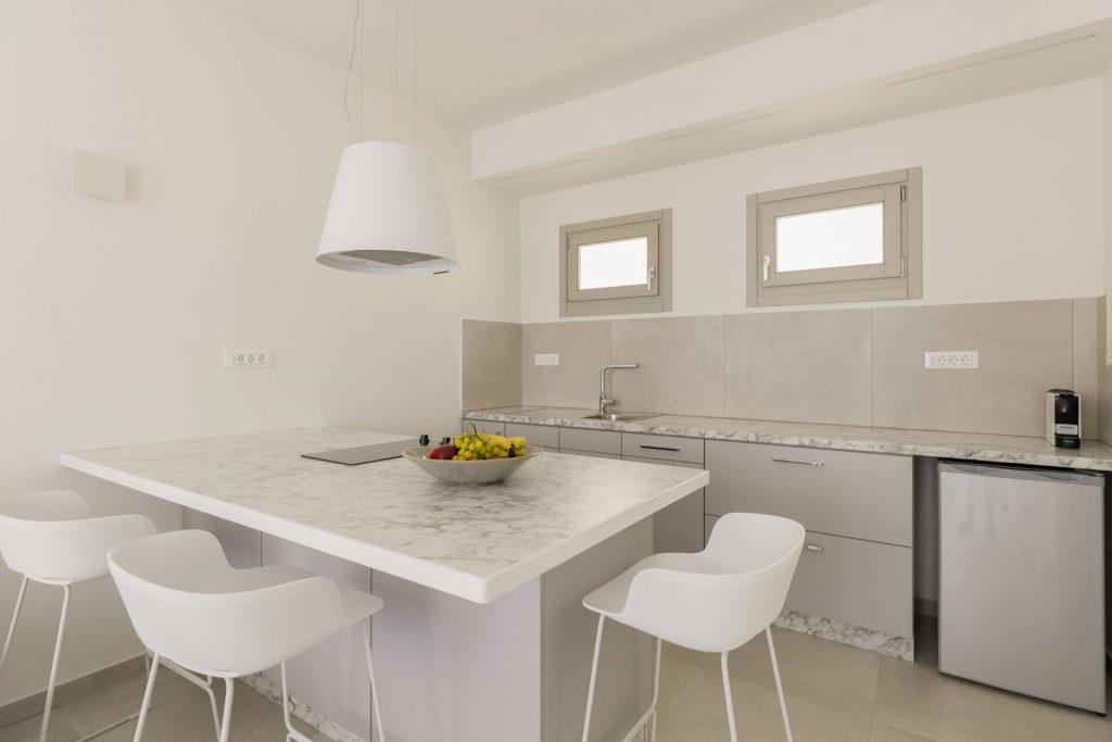 Διαμονή στη Σίφνο στα διαμερίσματα NiMa Sifnos Residences